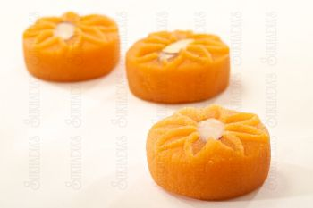 Almond Poori
