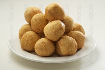 Dry Fruit Kachori